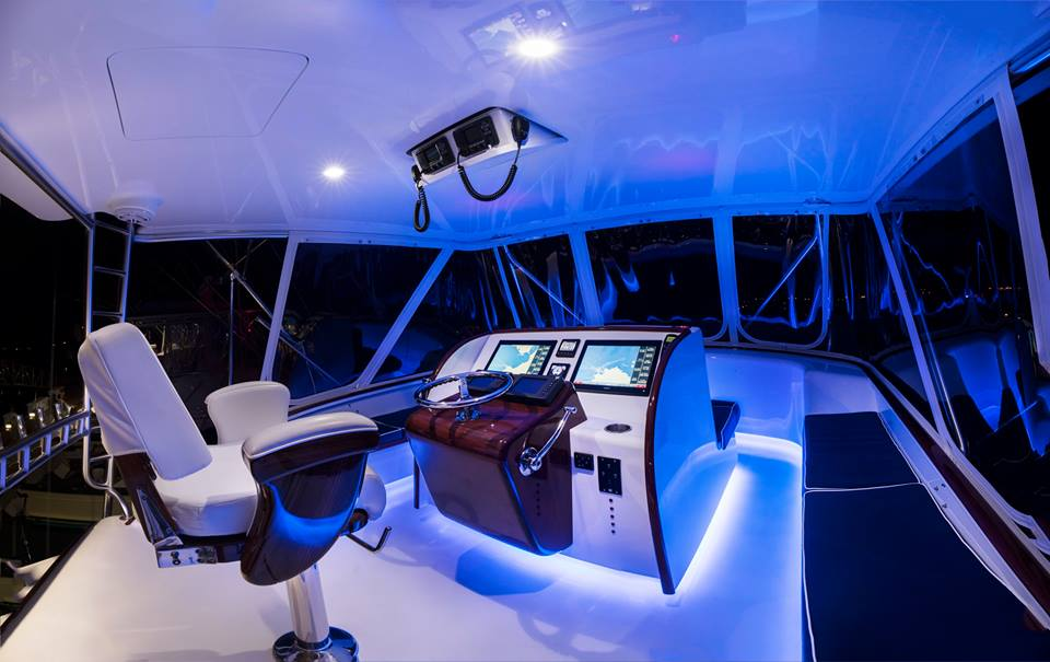 maverick yachts by night Costa Rica