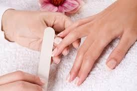 MANICURE/GEL EXTENSION