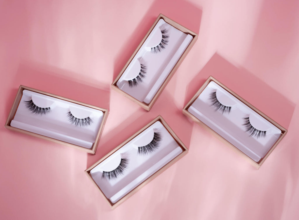 The perfect eyelashes for small eyes – wispy but fluffy.