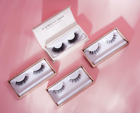 Finding it difficult to choose which of our false eyelashes to try? This 4-piece bundle includes all of our round eyelash styles, so that you can discover which one or ones work best for you.