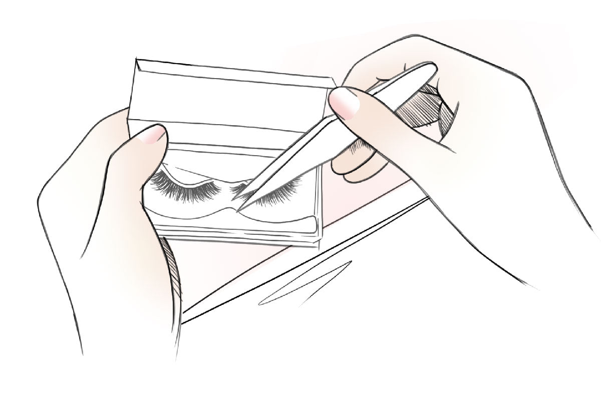 Remove lashes from the lash tray.