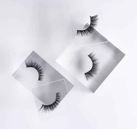 Discover the perfect round or winged lashes for wedding looks with our made-for-brides bundle packs.