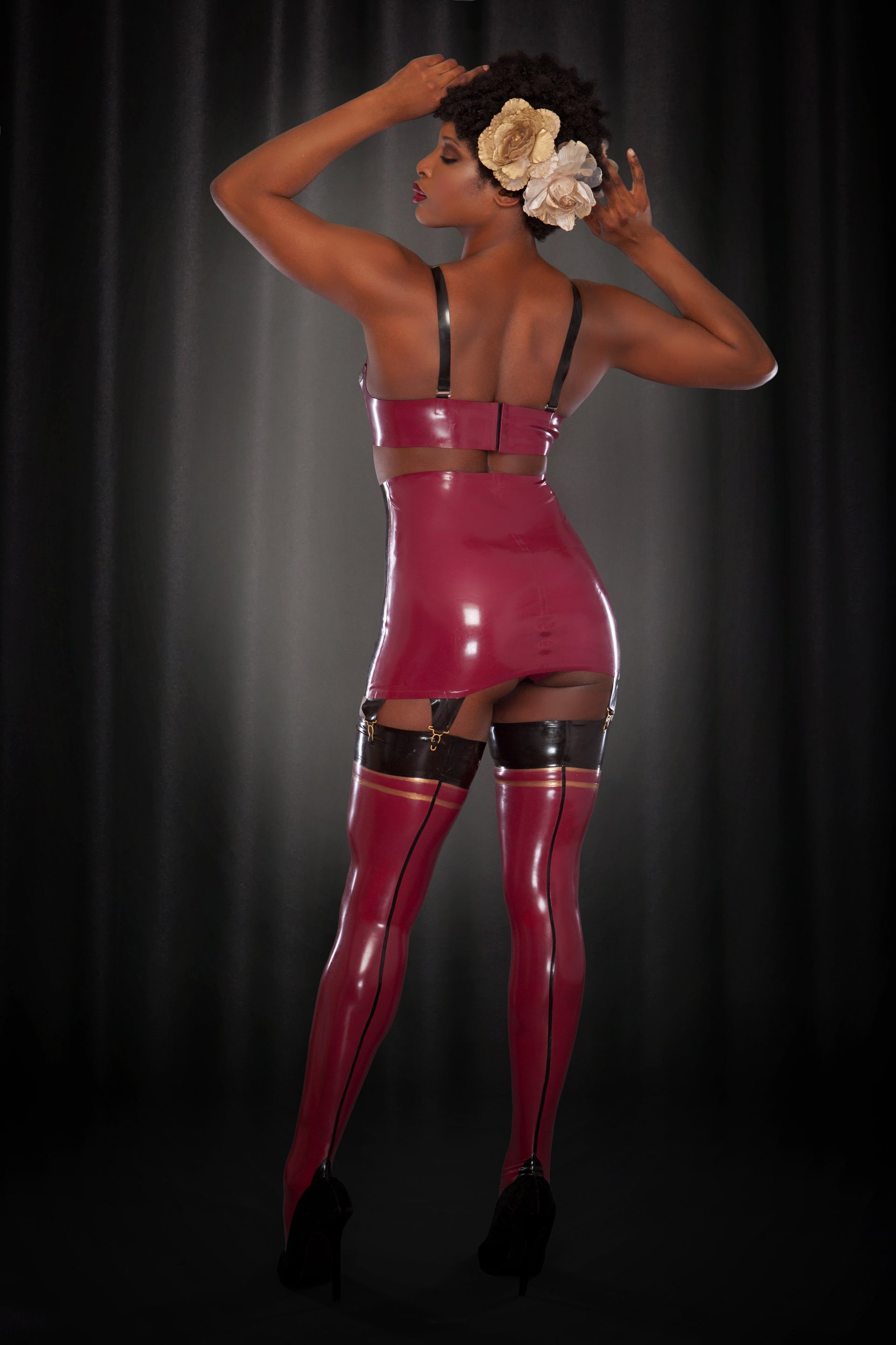 Rose Noir Latex Fully Fashioned Stockings