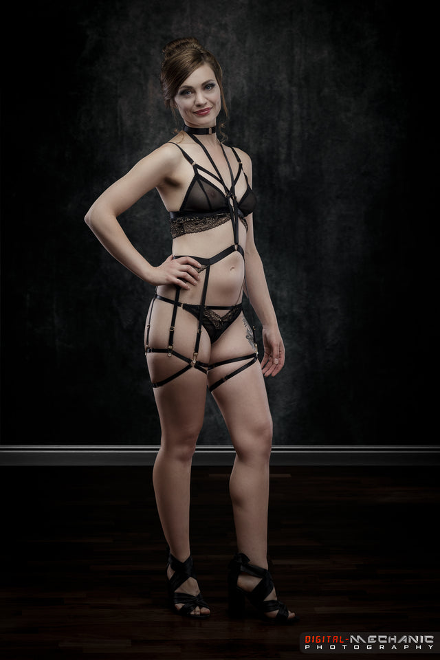 Made-To-Order Lou Watson After Dark 6-strap Harness
