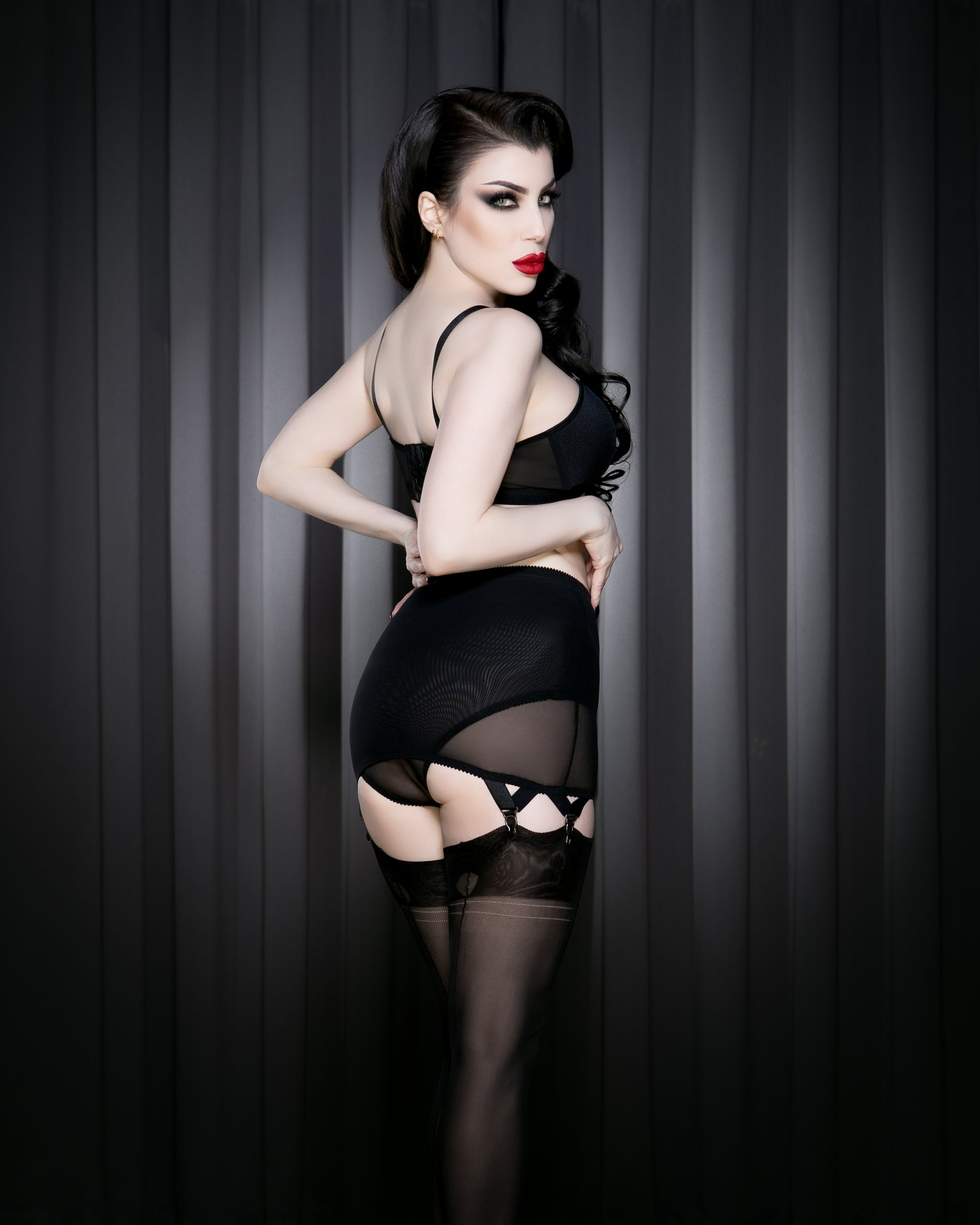 Kiss Me Deadly 2021 Retro Classics Roll On Girdle S-2XL