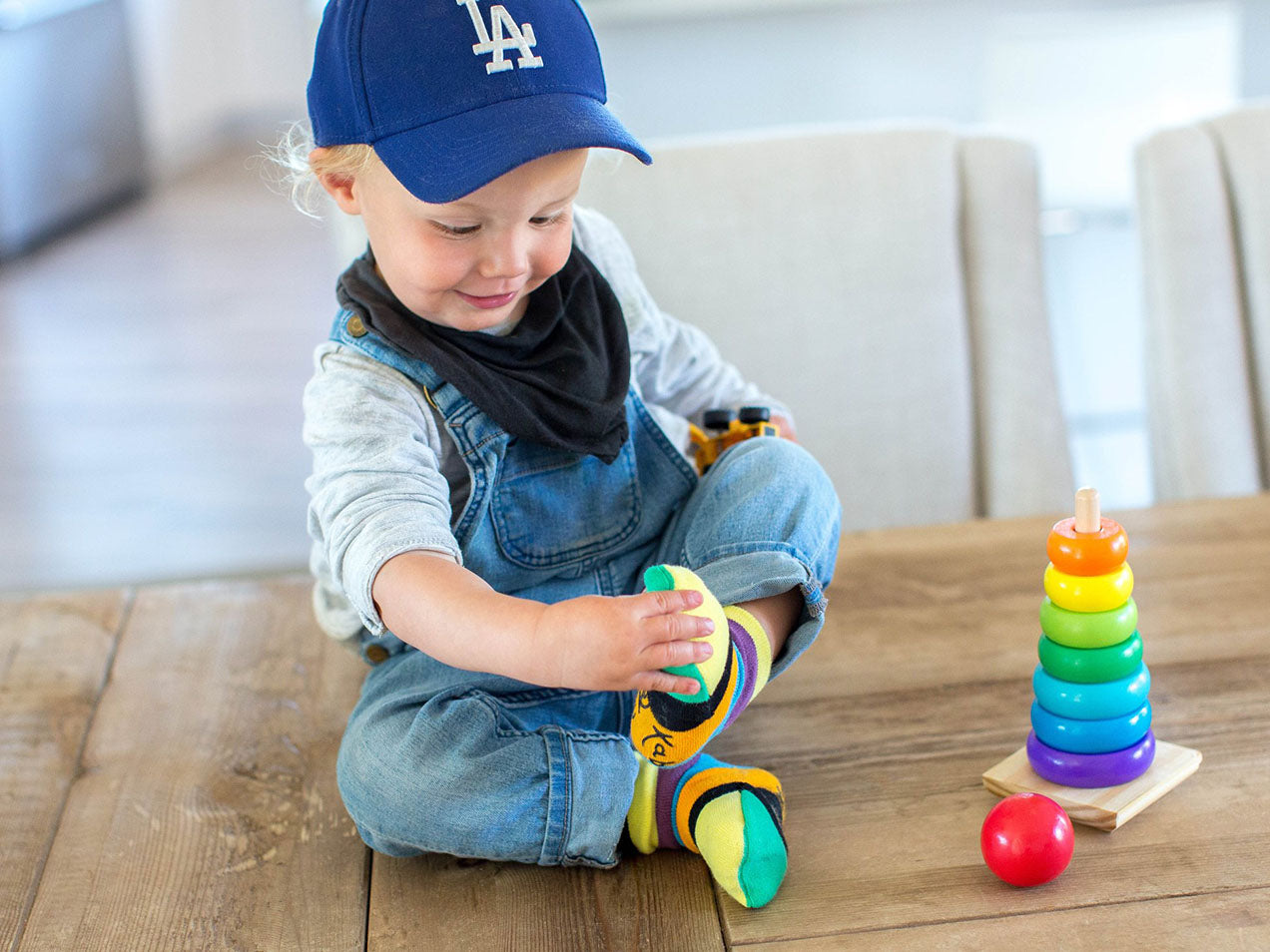 Sockabu picture kids with Dodgers hat and socks