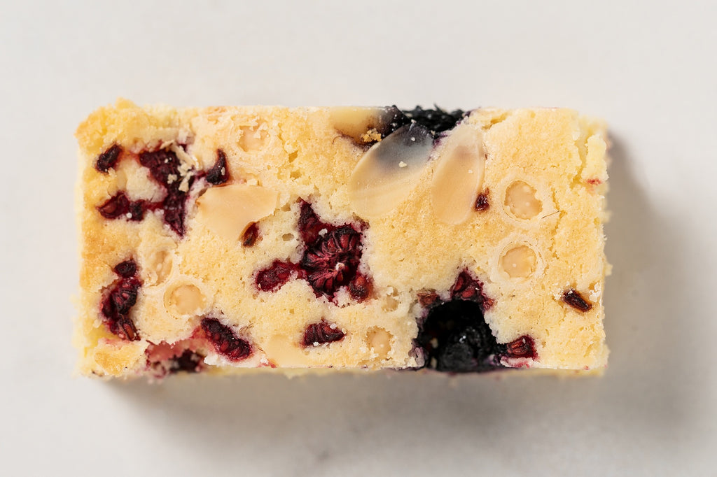 Summer Berry Blondie