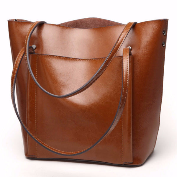 Classic Large Leather Tote | bitpix.io