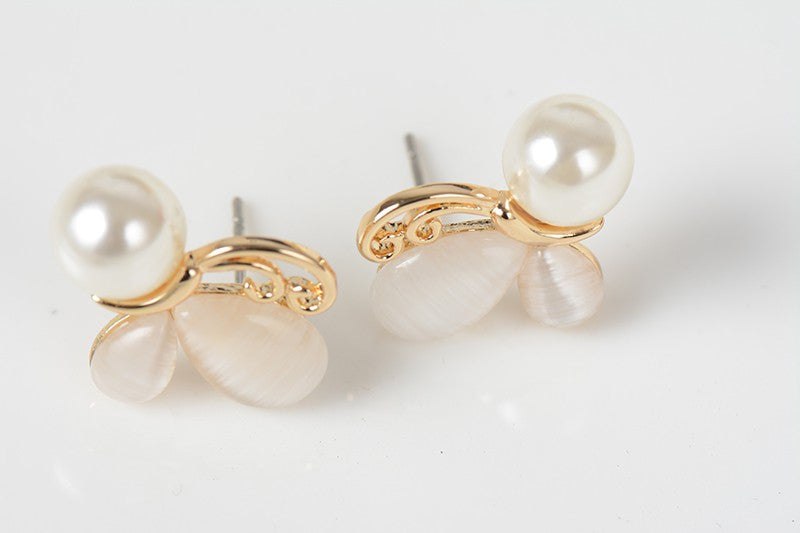 Butterfly Pearl Earrings | bitpix.io