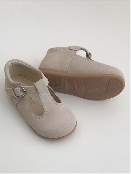 T-bar suede shoes