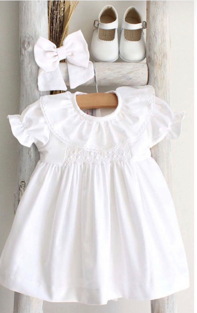 Elle dress in white