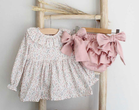 Dusty pink frilly bloomers