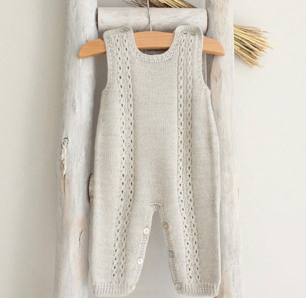 Knitted overall in grey