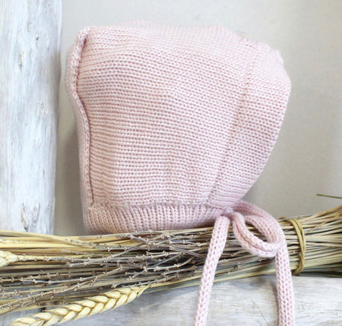 Baby dusty pink bonnet