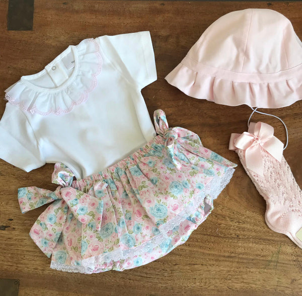 Tilly flower bloomers with lace