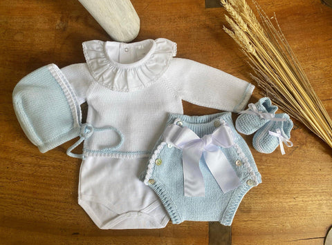 Organic Cotton booties in white and blue