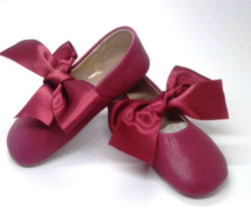 Baby ballerina in burgundy