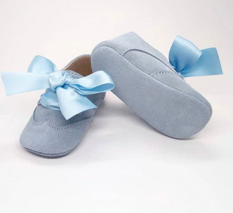 baby shoes in blue suede