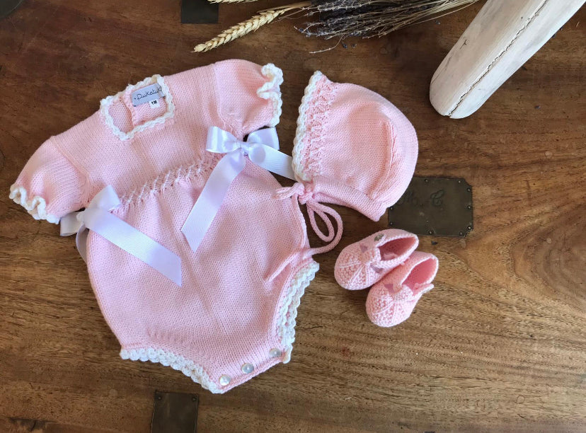 Organic cotton pink bonnet