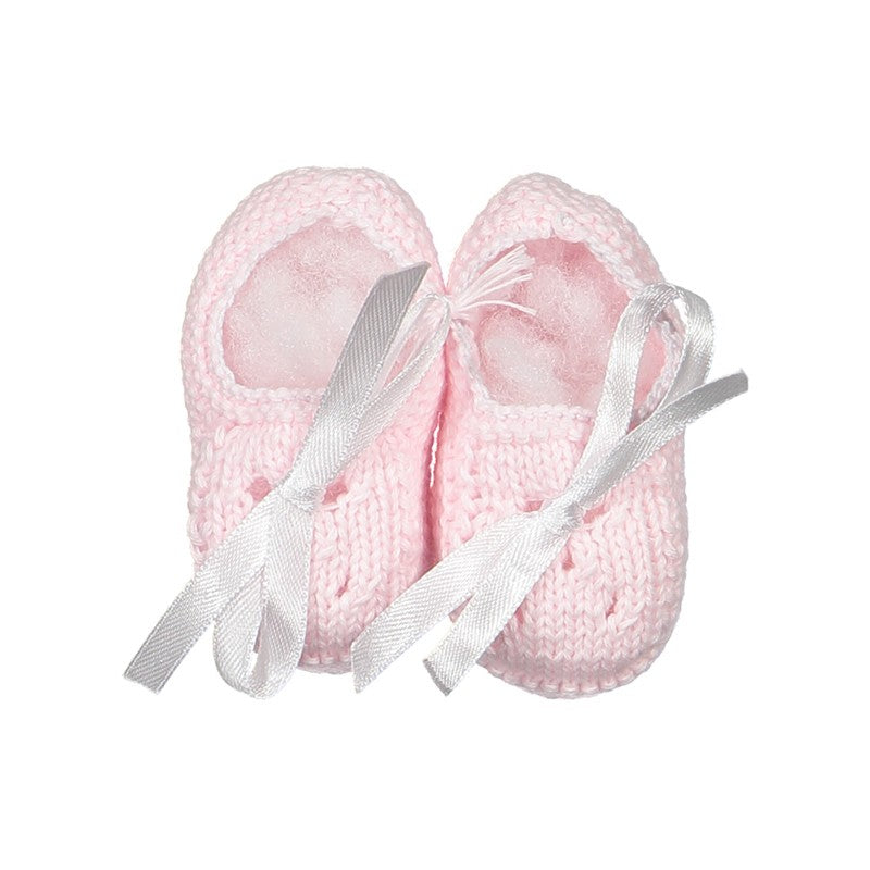 Pink knitted shoes
