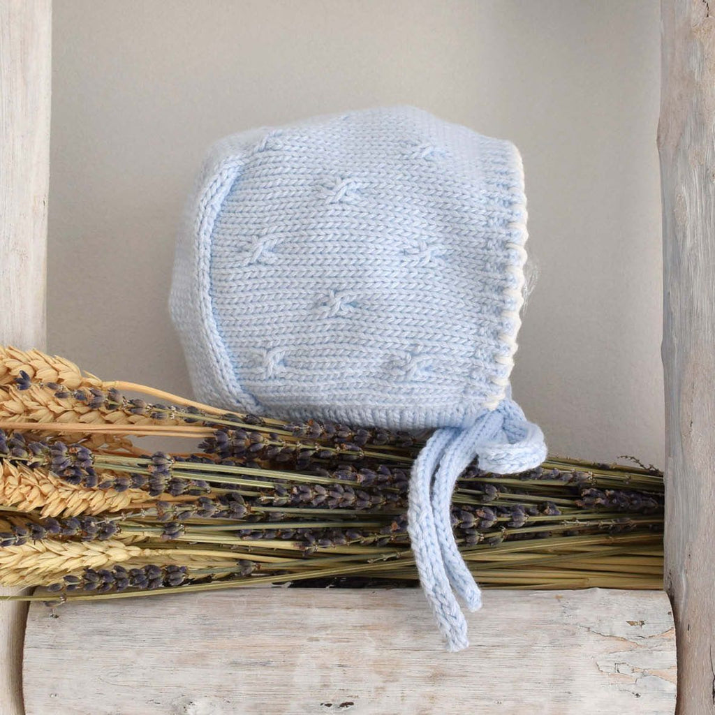 Organic cotton blue bonnet