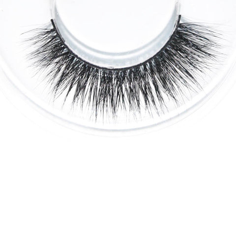 Looking for luxury mink eyelashes in Singapore? Shop now on www.altcos.com now for free shipping* and exclusive discounts
