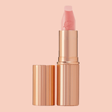 Created in collaboration with some of the world's most celebrated beauties - Shop Charlotte Tilbury's Hot Lips on Altcos now for free and fast shipping on your orders!