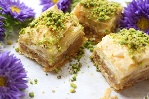 Baklava Tray, 16-Pieces