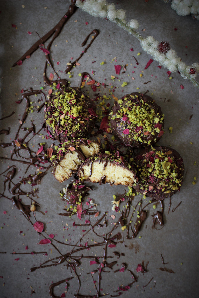 Ma'amoul Chocolate Truffle Garnished with Edible Roses & Pistachios, 12-Pieces