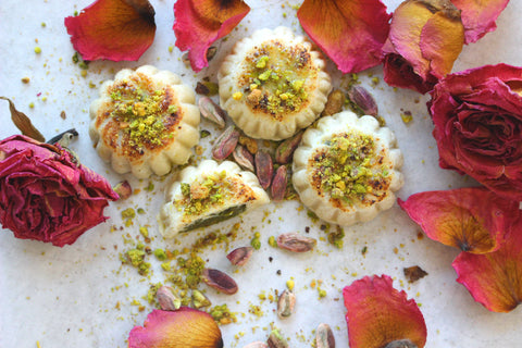 Marzipan filled with Pistachio Paste, 12-Pieces