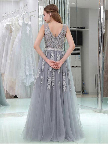 products/2018-gray-lace-v-neckline-tulle-long-evening-prom-dresses-popular-cheap-long-2018-party-prom-dresses-17265-1731948118044.jpg