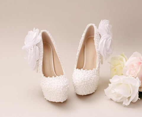 products/pointed-toe-lace-pearls-wedding-shoes-with-handmade-flowers-s033-16645892233.jpg