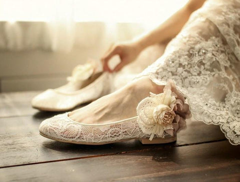 products/sweet-princess-lace-pointed-toes-wedding-bridal-shoes-with-handmade-flower-s029-16582488649.jpg