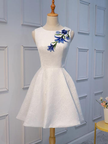products/unique-white-lace-applique-cheap-short-homecoming-dresses-online-cm666-3700137590871.jpg