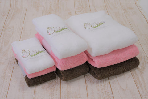 (NEW PRODUCT)Air Kaol Daddy Boy Bath Towel 60 x 120cm (White)