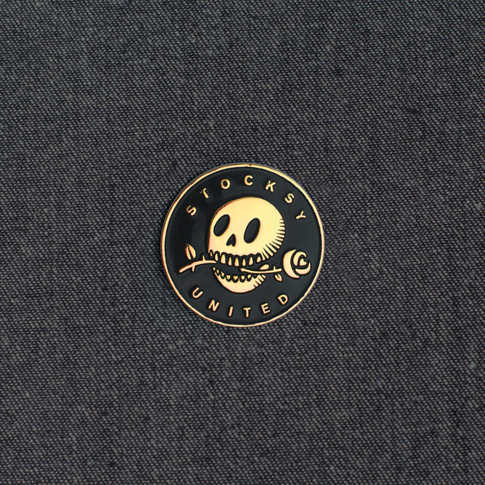 Romantic Skully Pin