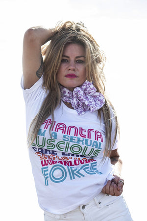 Retro Tee - Mantra - White