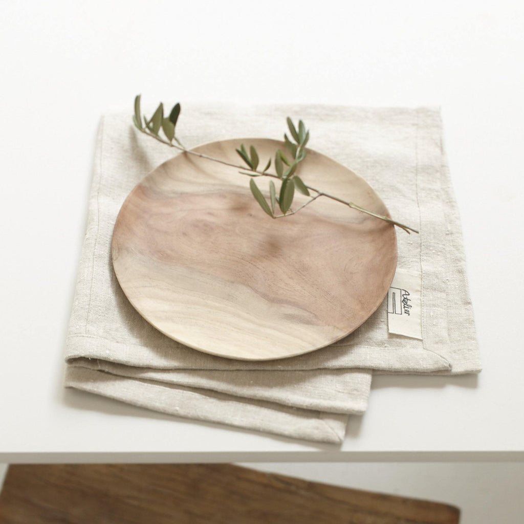assiette en bois de margousier fairtrade made in India Sukha