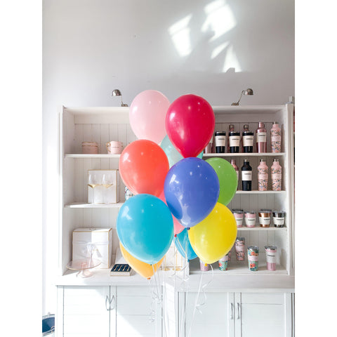 Bouquet of 12 Balloons, Inflated-Palm & Pine