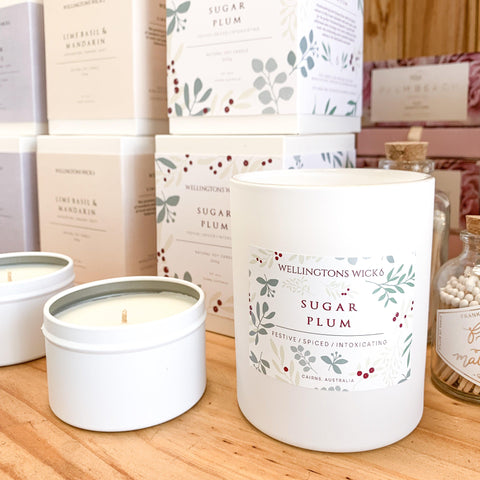 Sugar Plum Large Candle-Palm & Pine