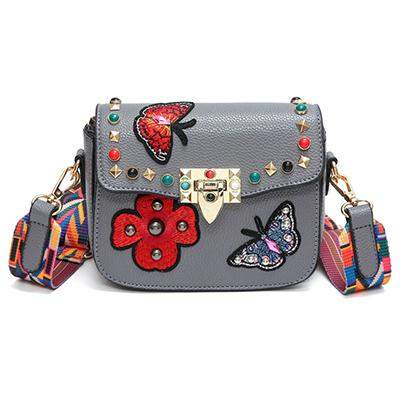 2017 Women Messenger Bags New Luxury Brand Embroidery PU Leather Shoulder Bag Vintage Handbags Saddle Crossbody Bags With Ribbon