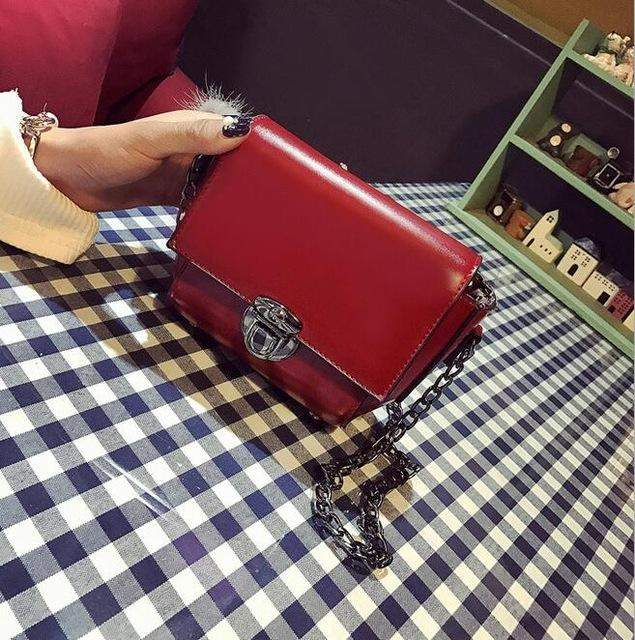 2017 fashion new handbags High quality PU leather Women bag England retro Oil skin inserted lock type Chain Shoulder Female bag