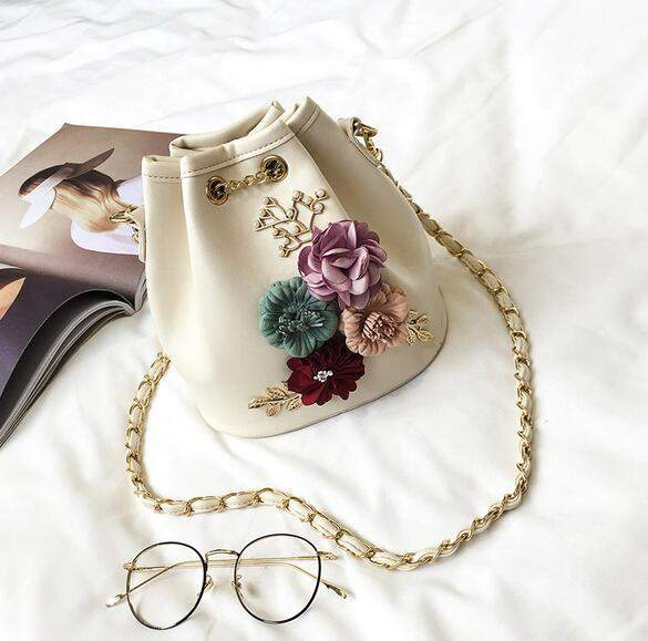 2017 Summer Fashion New Handbag High quality PU leather Women bag Sweet ladies Shoulder bag Flowers Wild Chain Bucket Female bag - successmall