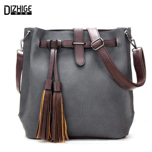 Famous Designer Bags 2015 Fashion Crossbody Bags For Women Leather Handbags  Tassel Shoulder Messenger Bags Bolso f4d24aa4bb222
