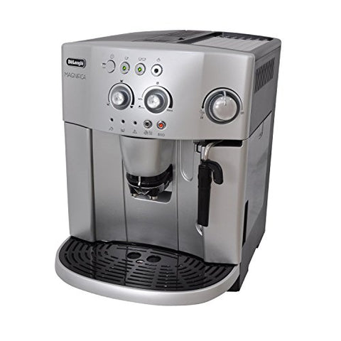 De'Longhi Magnifica ESAM4200 bean to cup machine