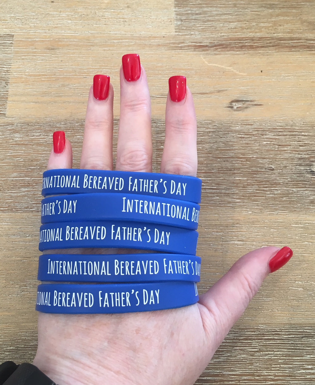 """International Bereaved Father's Day"" Blue Wristbands"