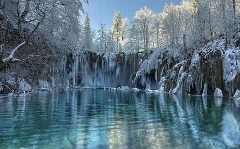 8 Unique Places to Visit in Winter