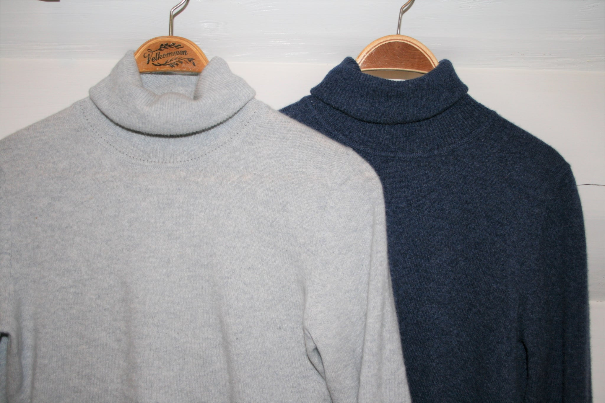 Brodie roll neck