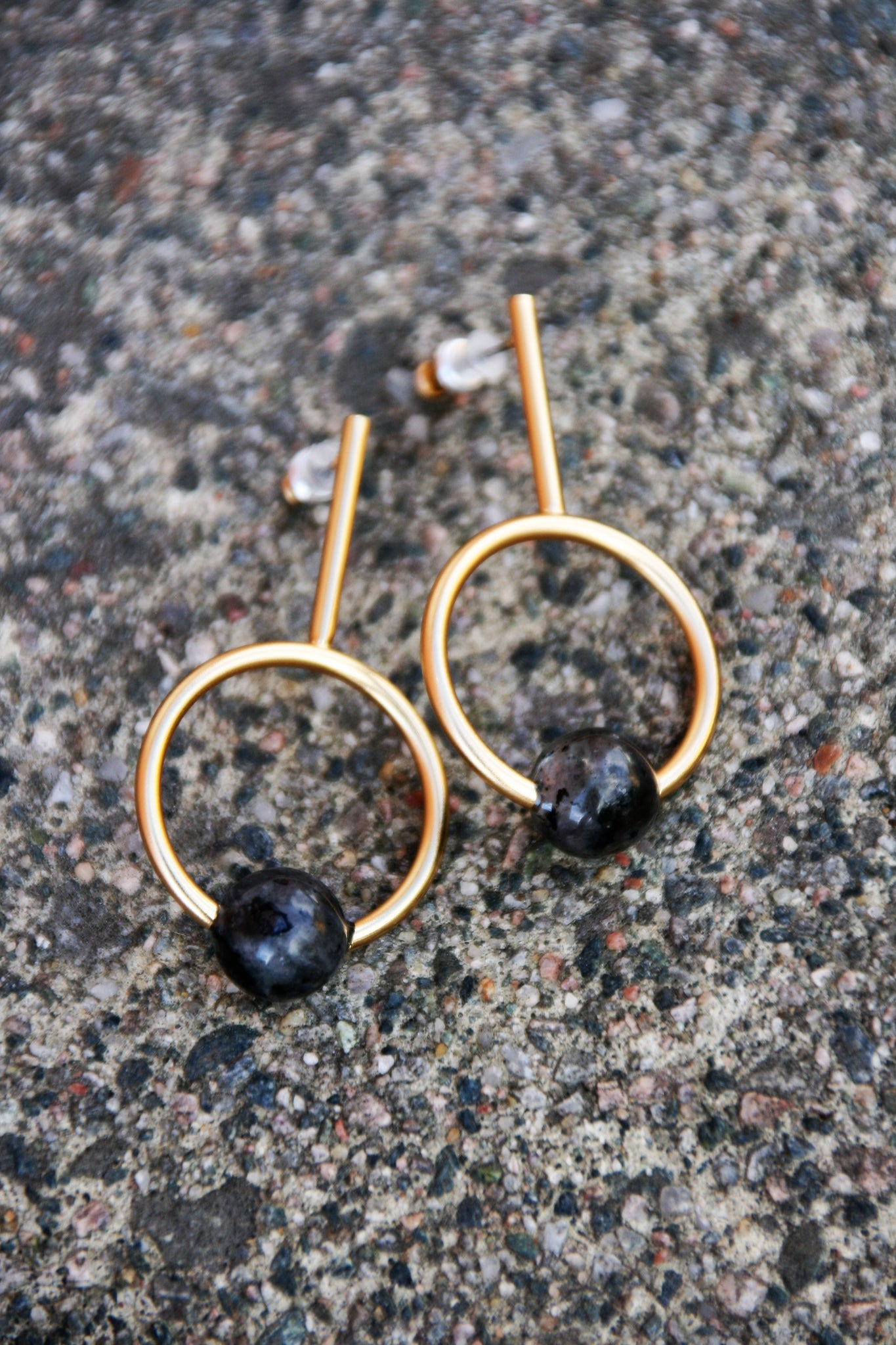 Rocsana large ear gold