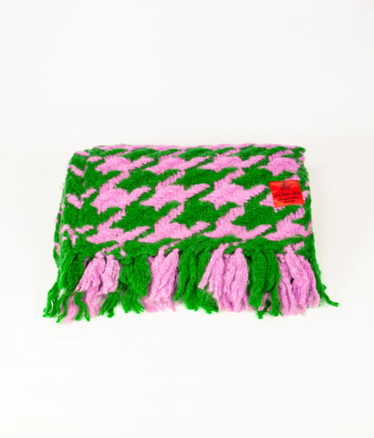 Pink and green dogtooth cosy knit scarf